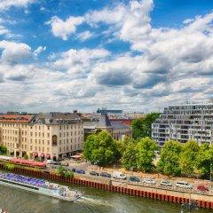 Отель Leonardo Mitte Берлин приотельная территория