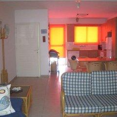 Отель Polyxenia Isaak Annex Apartment Кипр, Протарас - отзывы, цены и фото номеров - забронировать отель Polyxenia Isaak Annex Apartment онлайн интерьер отеля фото 2