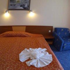 Peshev Family Hotel Свети Влас сейф в номере фото 2