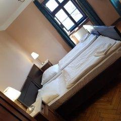 Отель Zamek Joannitów комната для гостей