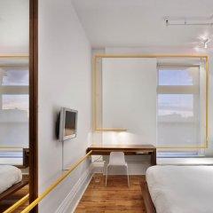 Gladstone Hotel 3* Стандартный номер с различными типами кроватей