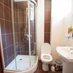 Отель Momchil Villas Болгария, Балчик - отзывы, цены и фото номеров - забронировать отель Momchil Villas онлайн ванная