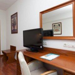 Отель Senator Barajas 4* Стандартный номер с различными типами кроватей фото 4