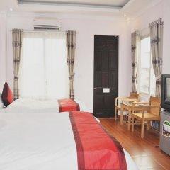Hanoi Downtown Hotel 2* Люкс с различными типами кроватей