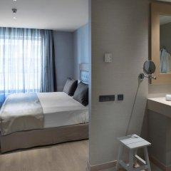 Отель Catalonia Sagrada Familia 3* Улучшенный номер с различными типами кроватей фото 4