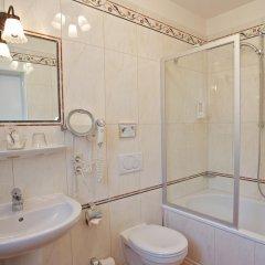 Отель Landgasthof Deutsche Eiche Германия, Мюнхен - отзывы, цены и фото номеров - забронировать отель Landgasthof Deutsche Eiche онлайн ванная фото 3