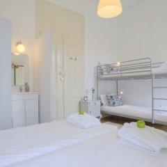 Отель The Imperial Guesthouse Португалия, Лиссабон - отзывы, цены и фото номеров - забронировать отель The Imperial Guesthouse онлайн сейф в номере