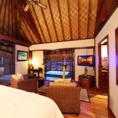 Отель Hilton Moorea Lagoon Resort and Spa 5* Бунгало с различными типами кроватей