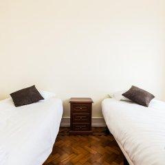 Отель Apartamentos Lux Dinastia Португалия, Лиссабон - отзывы, цены и фото номеров - забронировать отель Apartamentos Lux Dinastia онлайн комната для гостей фото 4