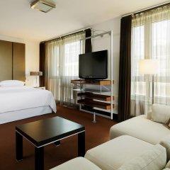Гостиница Шератон Палас Москва 5* Улучшенный люкс с различными типами кроватей фото 2