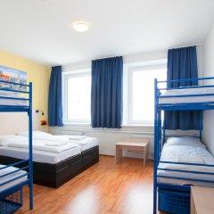 Отель a&o München Laim 2* Стандартный номер с 2 отдельными кроватями фото 3