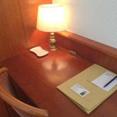 Отель Bismarck Германия, Дюссельдорф - отзывы, цены и фото номеров - забронировать отель Bismarck онлайн сейф в номере