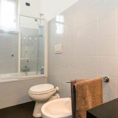 Отель La casa del viaggiatore Генуя ванная