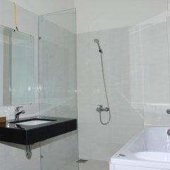 Queen Hotel Nha Trang 2* Стандартный номер с различными типами кроватей фото 9