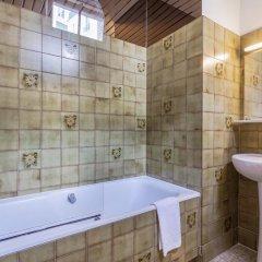 Отель Parc Hotel Франция, Париж - 1 отзыв об отеле, цены и фото номеров - забронировать отель Parc Hotel онлайн ванная