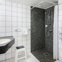 Отель Scandic Lillehammer Hotel Норвегия, Лиллехаммер - отзывы, цены и фото номеров - забронировать отель Scandic Lillehammer Hotel онлайн ванная