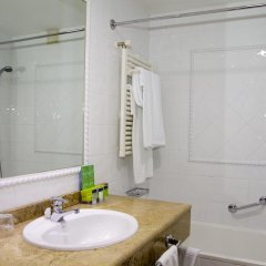Hotel Silken Rio Santander ванная