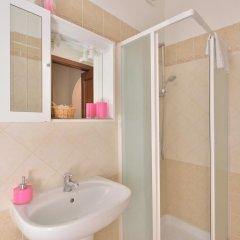 Отель Amarcord B&B Стандартный номер с 2 отдельными кроватями (общая ванная комната)
