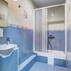 Мини-Отель Брусника Стандартный номер с двуспальной кроватью фото 22