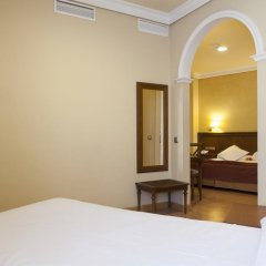 Отель Cervantes Испания, Севилья - отзывы, цены и фото номеров - забронировать отель Cervantes онлайн комната для гостей фото 5