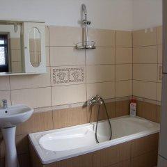 Отель Shkodra Hotel Албания, Шенджин - отзывы, цены и фото номеров - забронировать отель Shkodra Hotel онлайн ванная фото 2