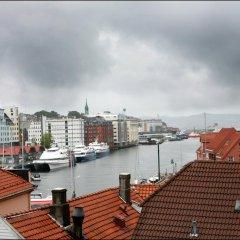 Отель Bergen YMCA Hostel Норвегия, Берген - отзывы, цены и фото номеров - забронировать отель Bergen YMCA Hostel онлайн балкон