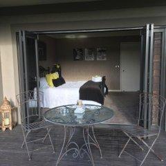 Отель Nourish Bed and Breakfast балкон