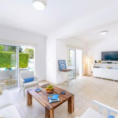 Отель Cape Greco Villa Кипр, Протарас - отзывы, цены и фото номеров - забронировать отель Cape Greco Villa онлайн комната для гостей фото 2