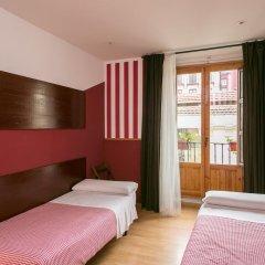 Отель Hostal La Casa de La Plaza Стандартный номер с 2 отдельными кроватями (общая ванная комната) фото 7