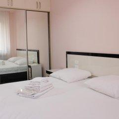 Апартаменты Rent in Yerevan - Apartments on Sakharov Square комната для гостей фото 4
