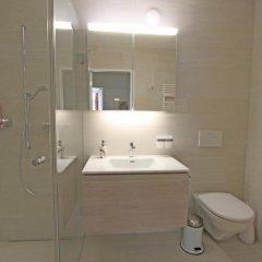 Отель Skyline House Ferienapartments Швейцария, Санкт-Мориц - отзывы, цены и фото номеров - забронировать отель Skyline House Ferienapartments онлайн ванная фото 2