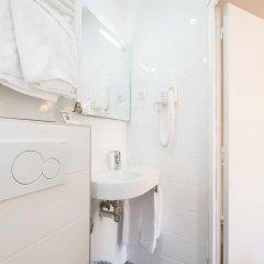 Hotel Bonsejour Montmartre 3* Стандартный номер с разными типами кроватей фото 8