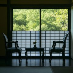 Отель Ryokan Miyama Sansou Минамиогуни балкон