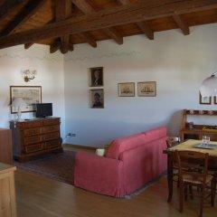 Отель Agriturismo Borgovecchio Палаццоло-делло-Стелла комната для гостей фото 2