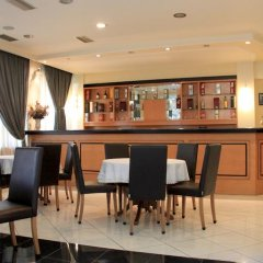 Hotel Platon гостиничный бар