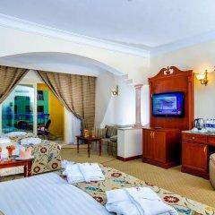 Отель Titanic Palace & Aqua Park Hrg 5* Стандартный семейный номер с различными типами кроватей фото 3