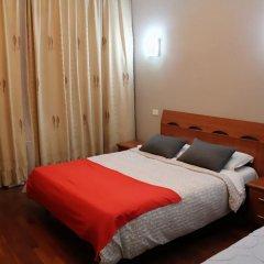Отель Overseas Guest House Стандартный номер с различными типами кроватей фото 3