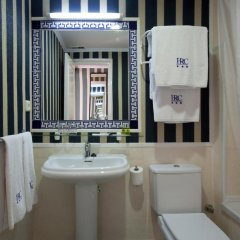 HRC Hotel 3* Стандартный номер с различными типами кроватей фото 2
