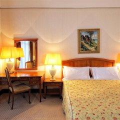Гостиница Метрополь 5* Стандартный номер с двуспальной кроватью