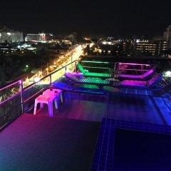 Отель VITS Patong Dynasty балкон