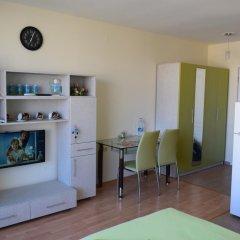 Апартаменты Nessebar Fort Club Studio комната для гостей
