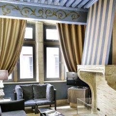 Cour Des Loges Hotel 5* Люкс с различными типами кроватей