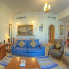 Отель Royal Club at Palm Jumeirah Апартаменты с двуспальной кроватью фото 13
