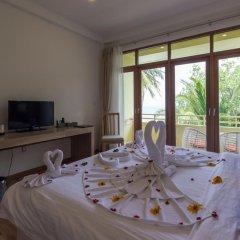 Отель Plumeria Maldives 4* Номер Делюкс с различными типами кроватей фото 6
