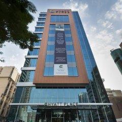 Отель Hyatt Place Dubai Baniyas Square Улучшенный номер с различными типами кроватей фото 4