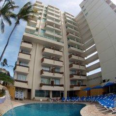Отель Las Flores Beach Resort бассейн фото 3
