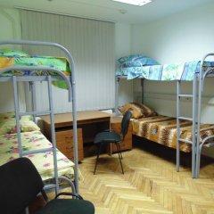 Хостел GORODA Кровать в женском общем номере фото 7