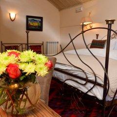 Отель Betsy's 4* Стандартный номер двуспальная кровать фото 4