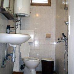 Отель Guest Rooms Metaksinovi Болгария, Чепеларе - отзывы, цены и фото номеров - забронировать отель Guest Rooms Metaksinovi онлайн ванная