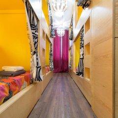 Хостел InDaHouse Кровать в женском общем номере фото 7